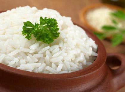 consumo de arroz ajuda na perda de peso e no ganho de peso